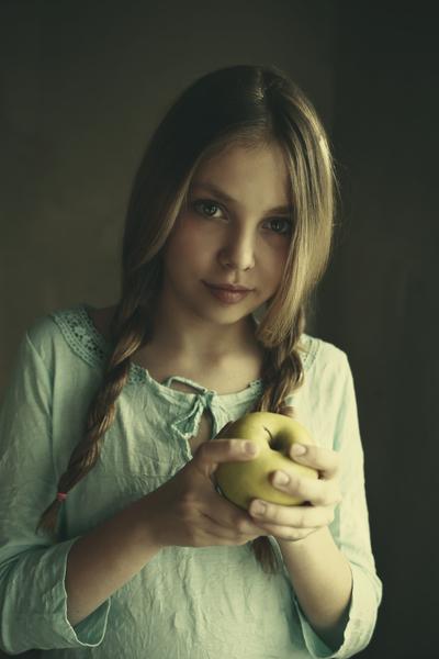 Gordana Artemia / Arcangel Images